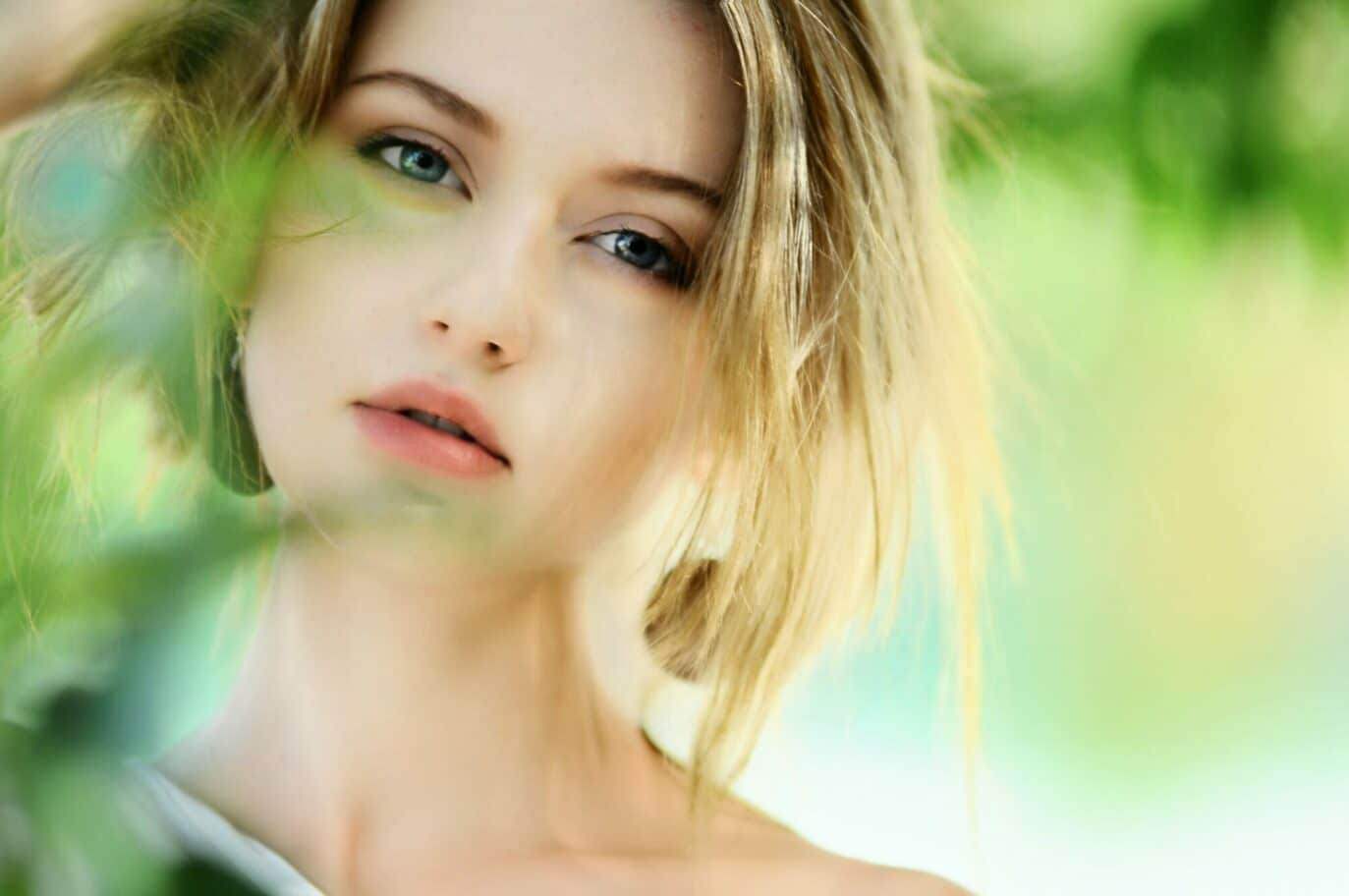 Awake Your Natural Beauty and be happy with Living Buddha vegan supplement